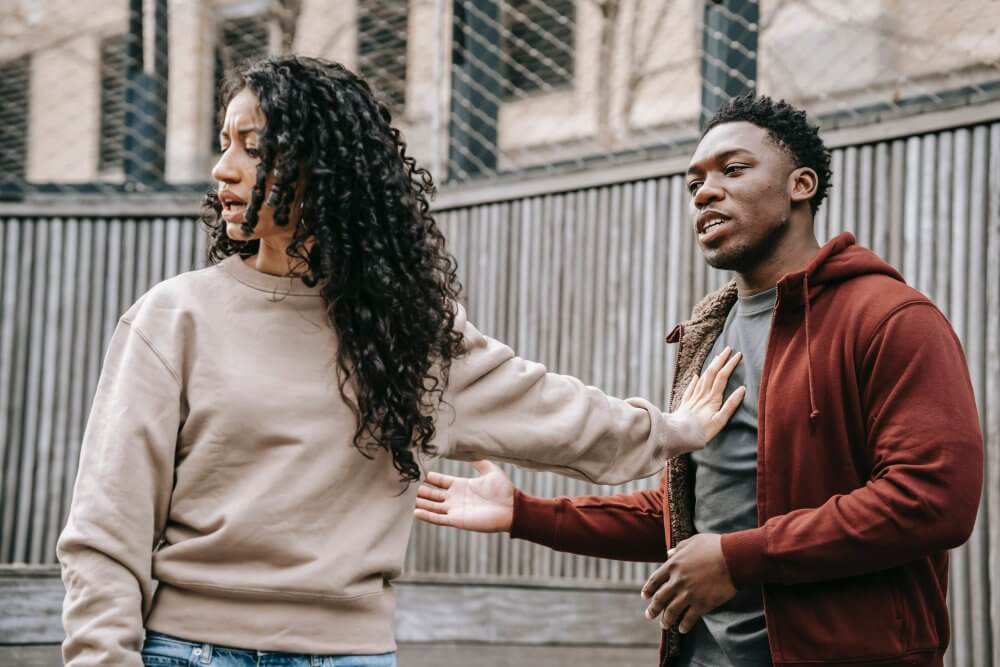 avoidant attachment relationship triggers