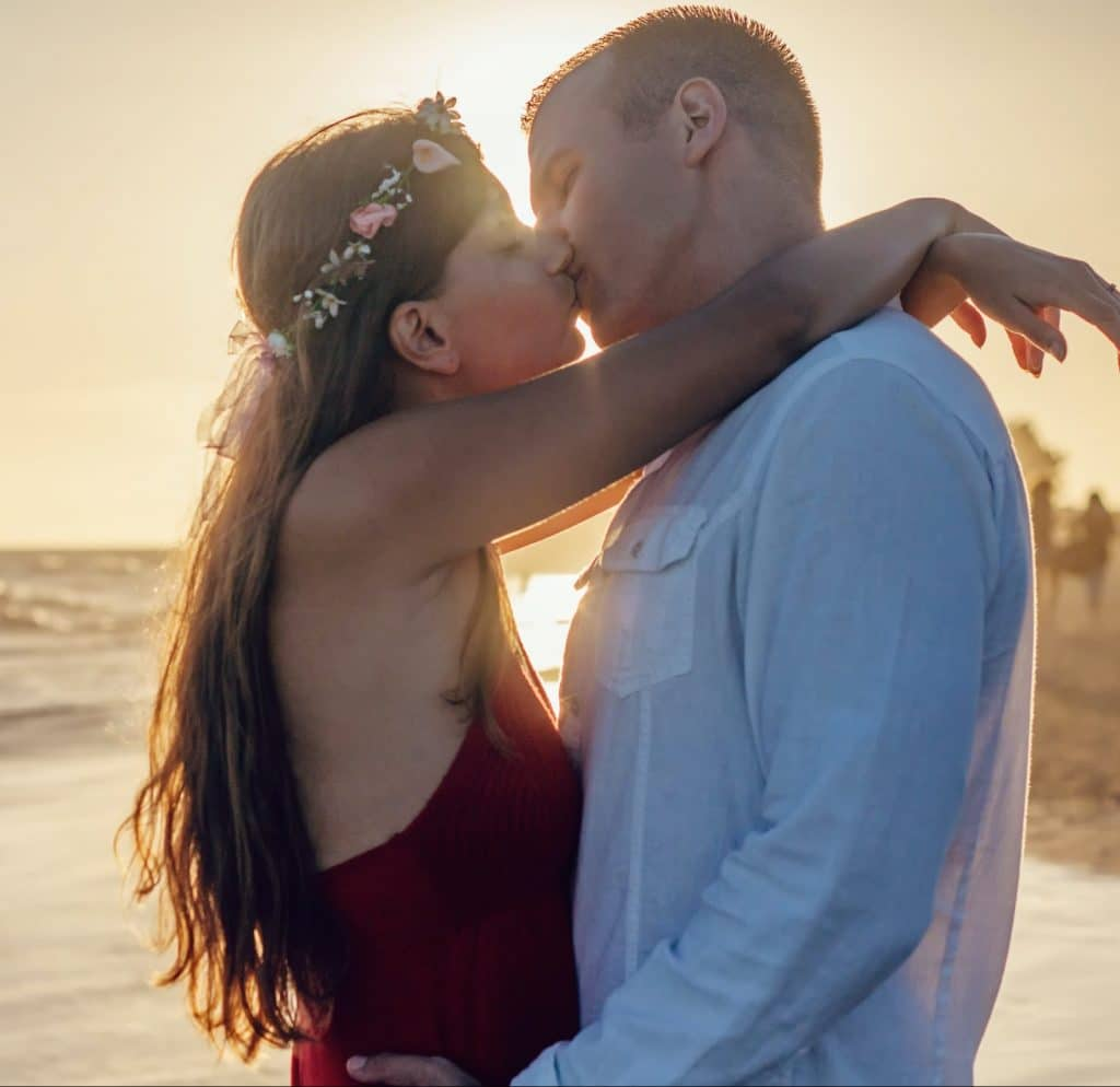 healthy relationships - secure attachment style